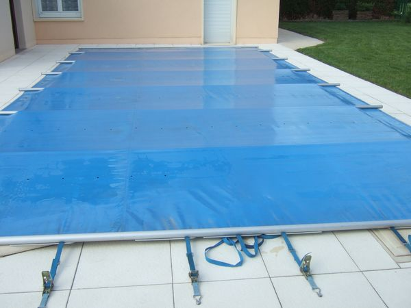 B che piscine barre for Bache de piscine